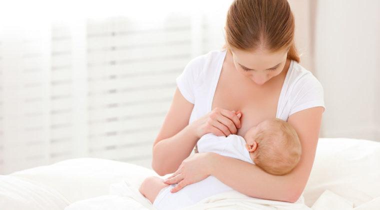 Yeni Doğan Bebeklerde Emzirme Nasıl Olmalıdır?