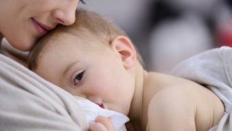 Bebeğin Anne Sütüyle Beslenmesi Ve Önemi